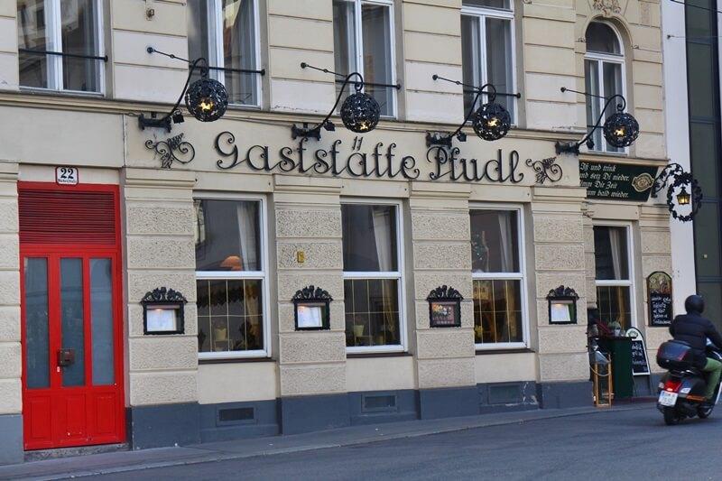 Wien alte Geschäfte und Gaststätten Genuss-mit-fernweh.de