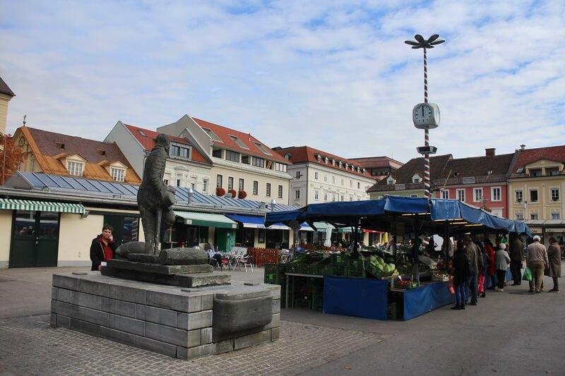 Must See Spots Klagenfurt Genuss-mit-fernweh.de Daniela Reh Benediktinerplatz