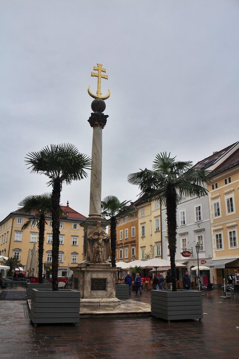 Must See Spots Klagenfurt Genuss-mit-fernweh.de Daniela Reh Pestsäule Dreifaltigkeitssäule Alter Platz