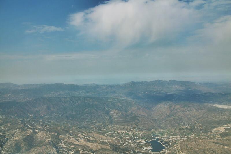 Troodosgebirge Zypern Troodos Genuss-mit-fernweh.de Reiseblog Blick von oben Flugzeug Gebirge