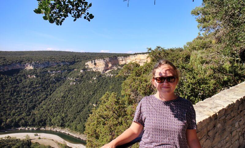 Ardèche Ardeche Reisebericht Reiseblog Genuss-mit-fernweh.de Pont d'Ard Daniela Reh Provence Ausblick auf Gorges de l'Ardèche