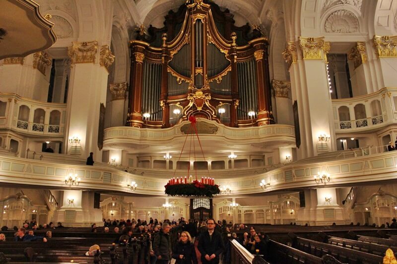 Reiseblog Was sollte man in Hamburg gesehen haben? Genuss-mit-fernweh.de St. Michaelis Hamburg