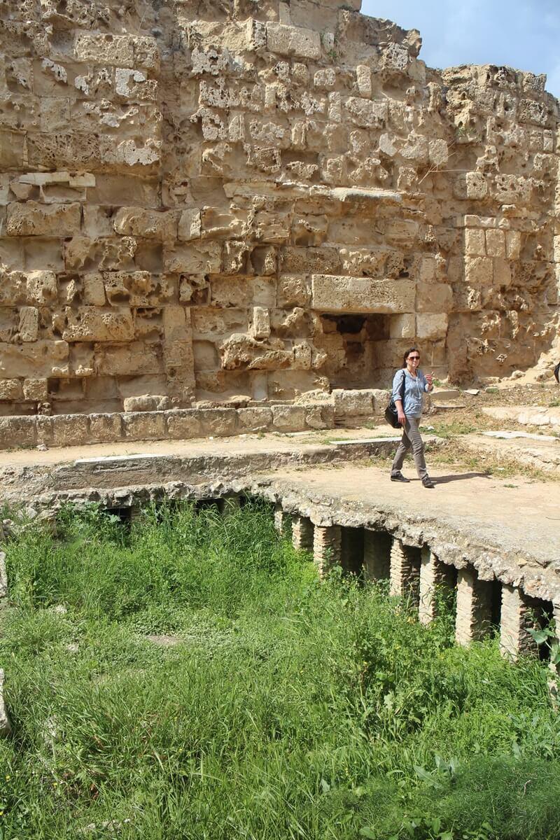 Salamis Ausgrabungen Zypern Nordzypern Reisebericht Reiseblog Genuss-mit-fernweh.de Bad Heizung