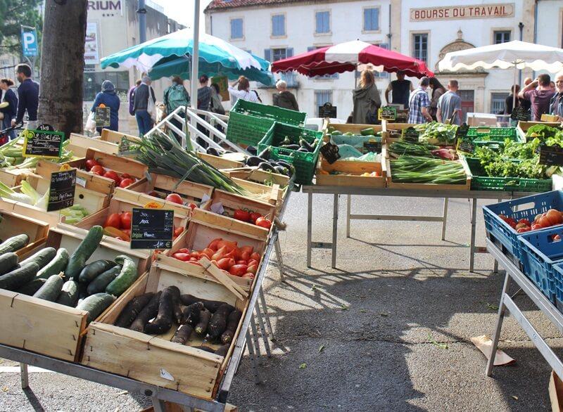 Markt in Arles Reiseblog Genuss-mit-fernweh.de