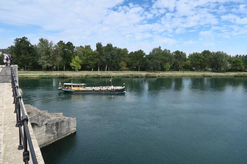 Avignon Cityguide Stadtführer Provence Reiseblog Genuss-mit-fernweh.de Blick von Saint Benezet Pont D'Avignon