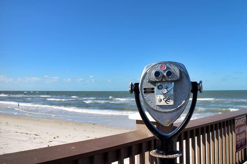 Clearwater Beach Florida USA Sunshine State Ausflugstip schönster Strand Floridas Fernglas typisch amerikanisch