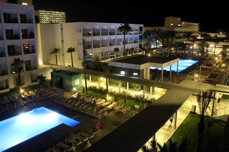 Clubhotel Riu Costa del Sol Cluburlaub Torremolinos, Andalusien Spanien Hotelreview bei Nacht