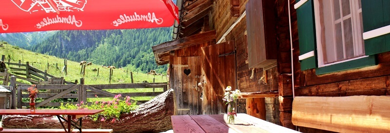 Vordere Marbachalm Prechtlhütte Reiseblog Wanderung Flachau Genuss-mit-fernweh.de Österreich Wanderurlaub Außenklo